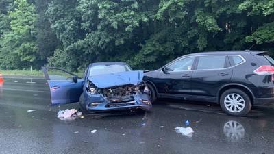 PHOTOS: 4-car injury crash snarls traffic on I-5 near Lynnwood