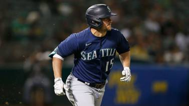 Seager, France HR, Mariners top A's, move up in playoff race