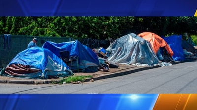Tacoma conducts clean up, outreach at homeless encampment along South Yakima Avenue