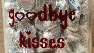 Alabama vet has jar of Hershey's Kisses for dogs being put down