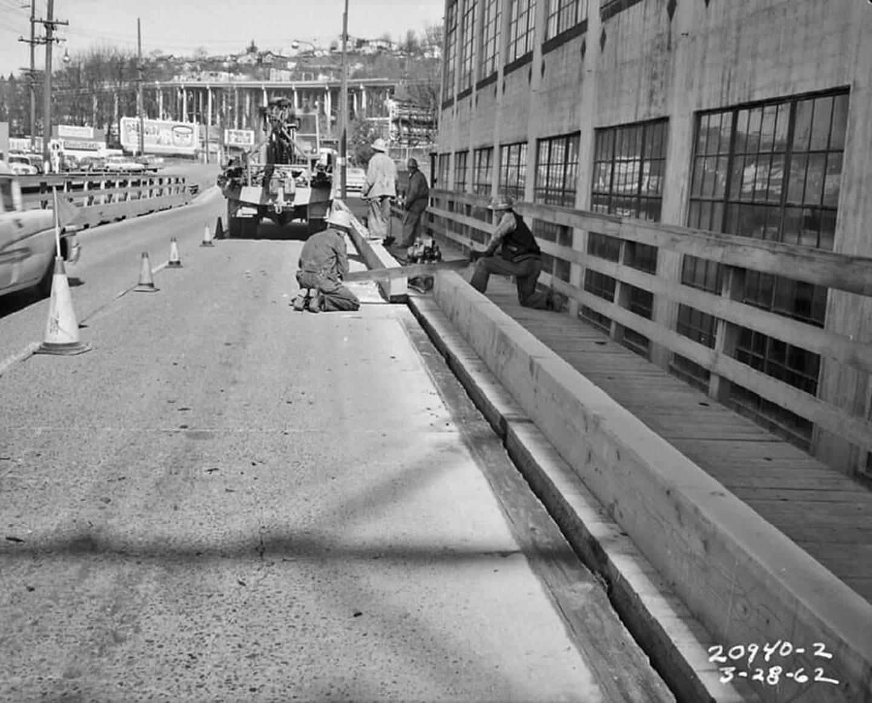 Old Fairview Avenue North Bridge