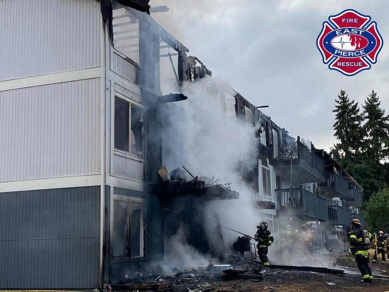 Apartment fire in Edgewood